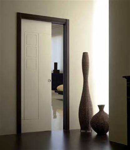 דלת הזזה לתוך הקיר קיימת בכל המידות