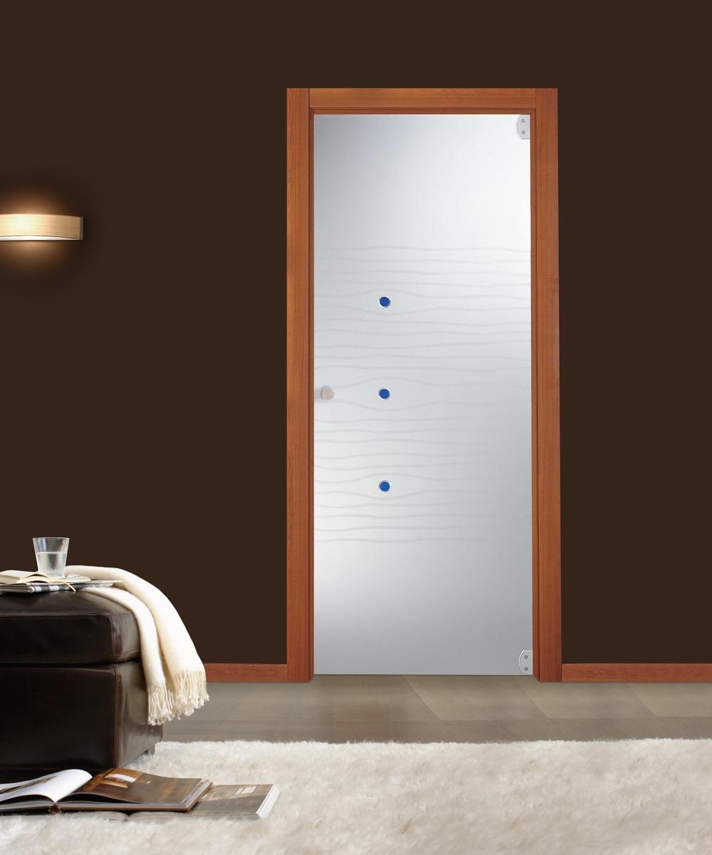 דלת זכוכיות צירי פנימה והחוצה  משקוף עץ