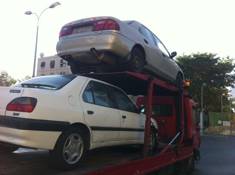 שלמה עוזר קונה רכבים לגריטה