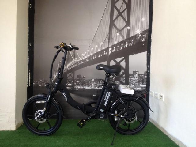 אופניים שחורות קל אופן LUXURY